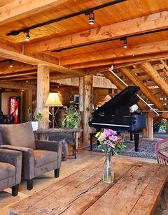 BoulderCreek Lodge