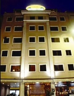 Real Residencia Suite Hotel