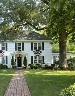A Williamsburg White House B & B
