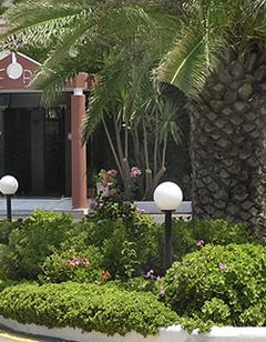 Adele Beach Hotel Bungalows
