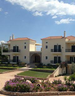 Long View Resort Rooms & Apts