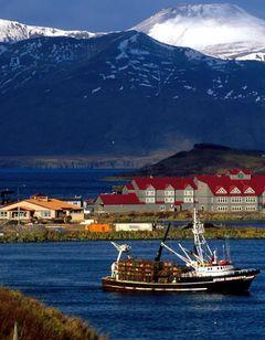 The Grand Aleutian Hotel