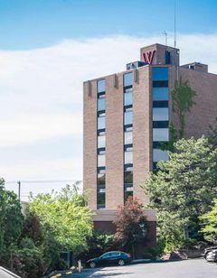 The Woodlands Inn Ascend HotelCollection