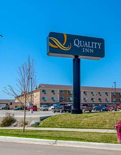 Quality Inn Roosevelt Hotel Williston