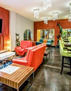 La Copa Inn & Suites