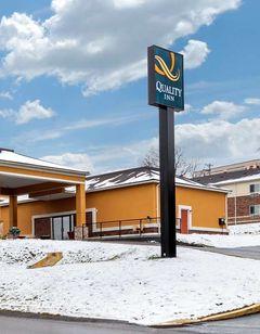 Quality Inn Pittsburgh Airport