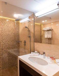 Ramada by Wyndham Hotel/Suites, Yerevan