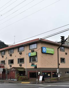 SureStay Hotel by BW Portland City Cntr