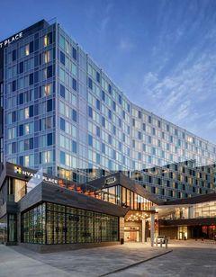 Hyatt Place Boston Seaport District