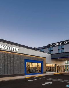 DoubleTree by Hilton Madison East