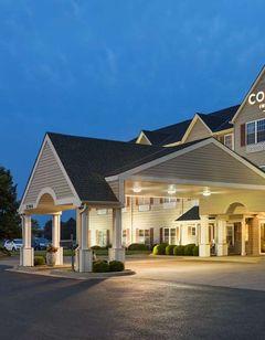 Country Inn & Suites Salina
