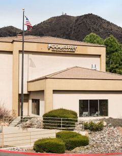 Country Inn & Suites Flagstaff