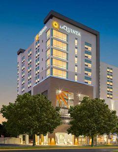 La Quinta Inn & Suites Downtown Stadium