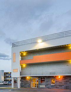 Motel 6 Denver Central