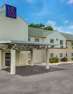 Motel 6 Gordonville