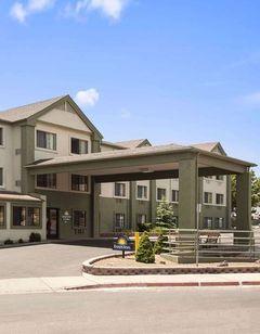 Days Inn & Suites East Flagstaff