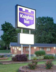 Knights Inn Paris