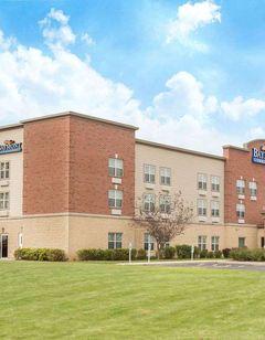 Baymont Inn & Suites Plymouth