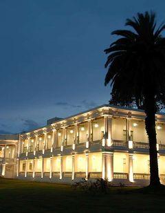 Howard Johnson Sierras Hotel & Casino