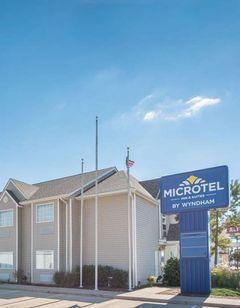 Microtel Inn & Suites by Wyndham Altus