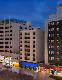 Ramada Deira Dubai Hotel