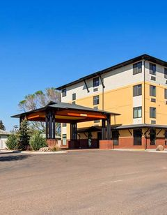 Best Western Golden Prairie Inn & Suites