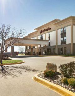 Hampton Inn Wichita-East