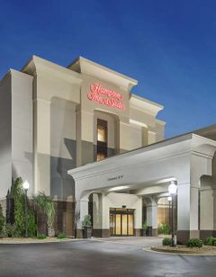 Hampton Inn & Suites Macon