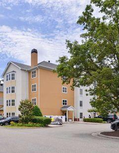 Hampton Inn & Suites Newport News