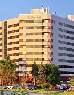 Hilton Chicago/Oak Brook Suites