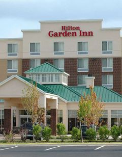 Hilton Garden Inn Warrenville