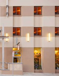 Doubletree Hotel & Suites Pitt Downtown