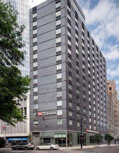 Hilton Garden Inn Long Island City