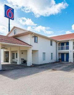 Motel 6 Livingston