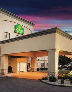 La Quinta Inn & Suites Evansville