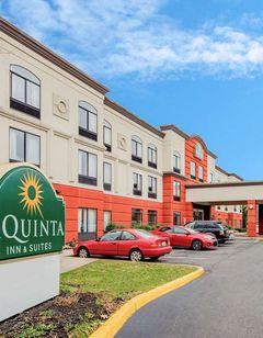 La Quinta Inn & Suites Mt. Laurel