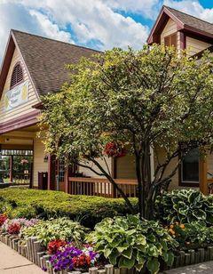 Econo Lodge Inn &  Suites Grand Rapids