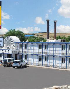 National 9 Inn-Showboat