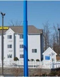 Patti's Inn & Suites of Grand Rivers