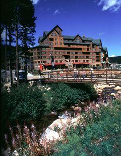 Zephyr Mountain Lodge