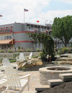 Fulton Steamboat Inn