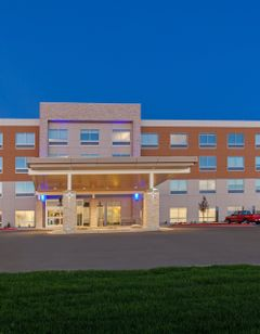 Holiday Inn Expres/Suites Brigham City