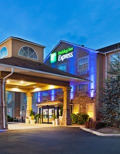 Holiday Inn Express Knoxville Airport