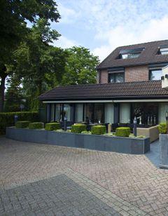Arrows Hotel