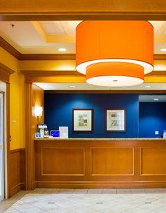 Fairfield Inn & Suites Toronto Oakville
