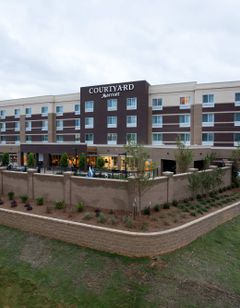 Courtyard Starkville MSU at The Mill