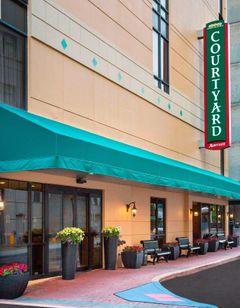 Courtyard Wilmington Downtown