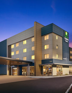 Holiday Inn Express - Portland Airport