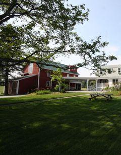 Maple Hill Farm Inn & Conference Center