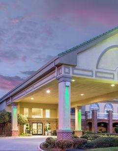 Holiday Inn Hotel Auburn
